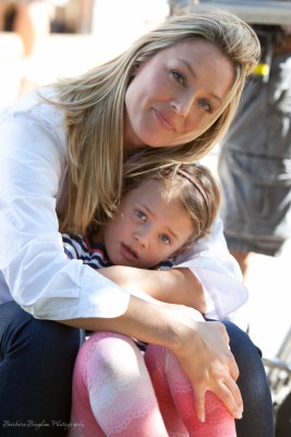 Elisabeth Rohm and her daughter, ???, during filming at Ananda Village.